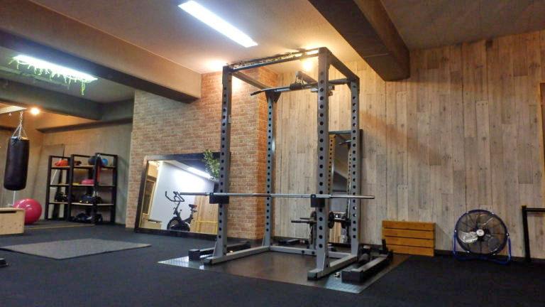 <2F>パーソナルトレーニングエリア トレーニングマシン